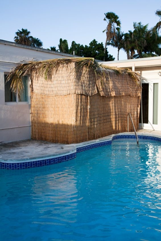 sukkah-swimming pool