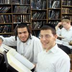 yeshiva-students