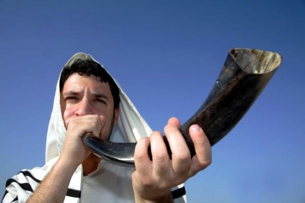shofar-Yom Teruah-tallit