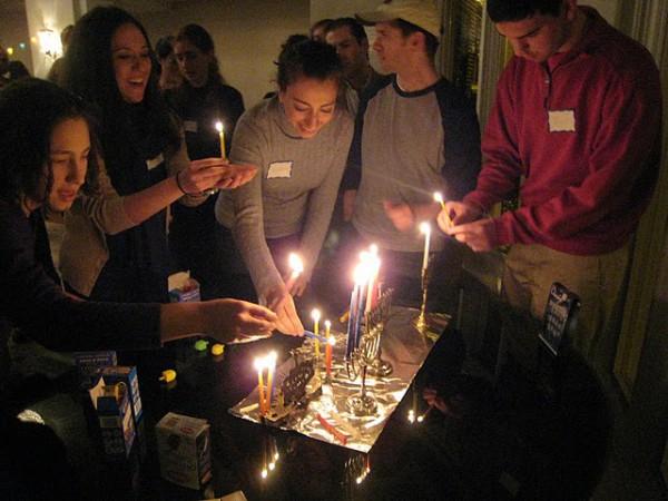 DCMinyan_Hanukkah-Lighting the Hanukkiah-Golden Menorah