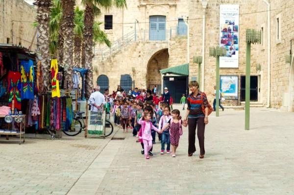 Arab-children-teacher-Acre