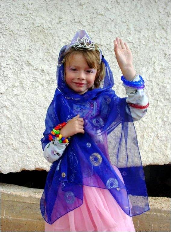 purim-queen-esther