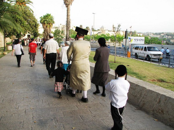 Ultra-Orthodox-Family-Walking-Old City