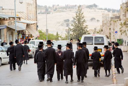 Chasidic Jews-Walking-Jerusalem