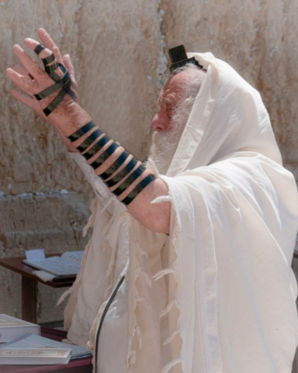 Jerusalem-prayer-tefillin