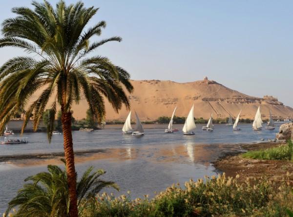 sailboats-Nile-Egypt