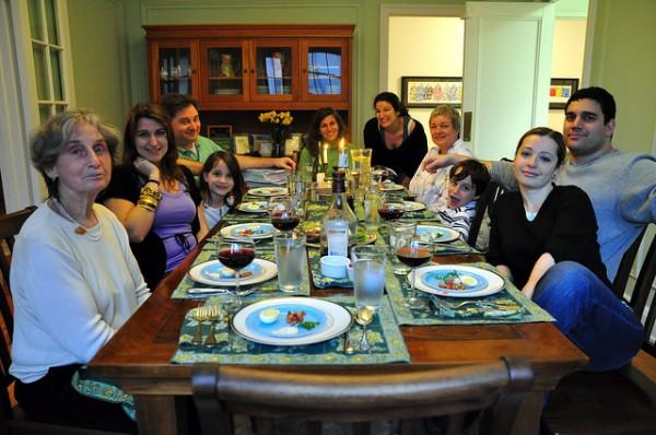family-celebrates-Passover-Shlosha Regalim