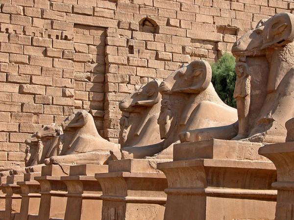Karnak-Temple-Luxor-Egypt-Amun-Rameses