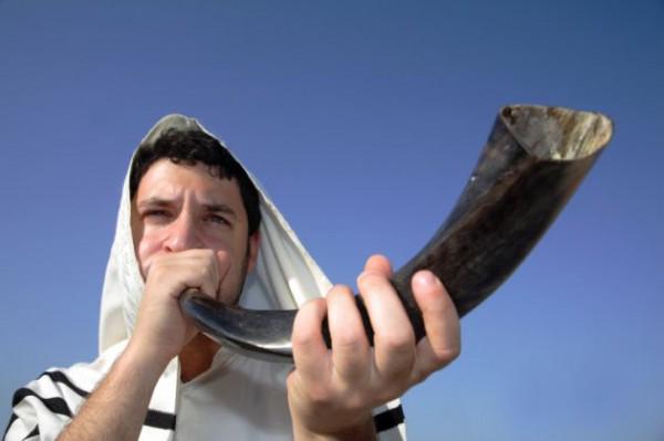 shofar-blower