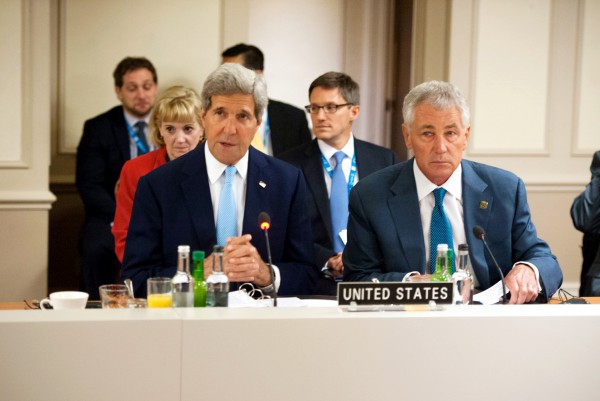 US Secretary of State John Kerry speaks at a meeting that he and Defense Secretary Chuck Hagel convened about ISIL during the NATO Summit in Wales.