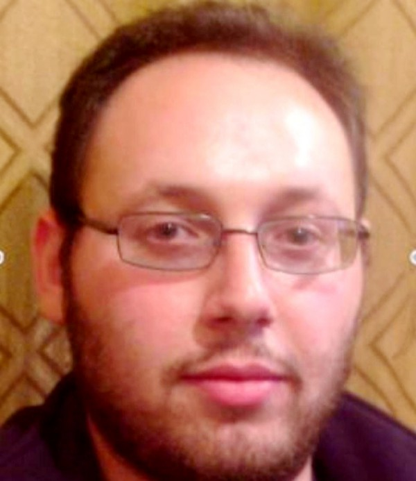 Steven Joel Sotloff was an American-Israeli journalist.  He was kidnapped in August 2013 in Aleppo, Syria, and held captive by militants from the Islamic State of Iraq and the Levant (ISIS).  ISIS released a video of his beheading on September 2, 2014.