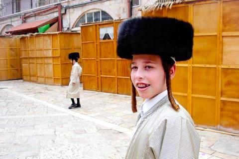 Ultra-Orthodox Jewish lad-Sukkot-Mea Shearim-Jerusalem