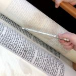Torah Yad Reading