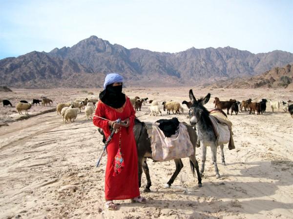 Bedouin-woman-Sinai Peninsula-Egypt