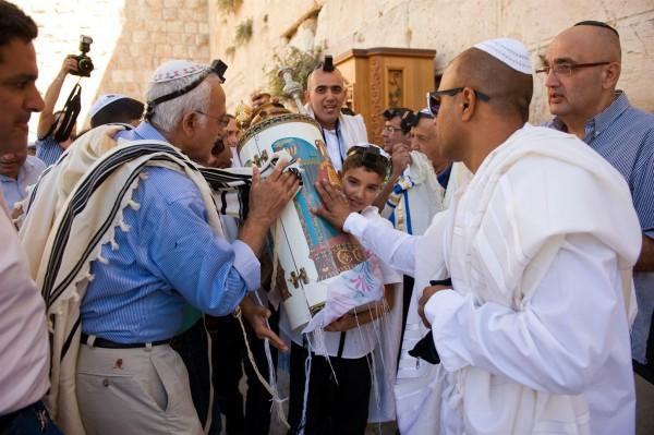 Torah tik, Bar Mitzvah, reverence, burn out
