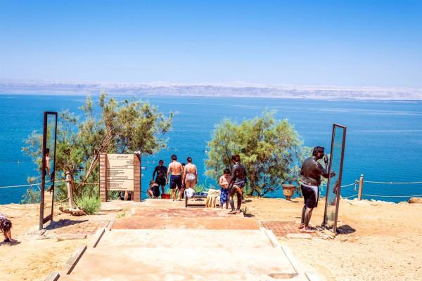 Dead Sea-Jordan-tourists-body care-healing-mud therapy