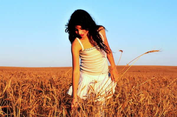 Israeli girl in a field of grain