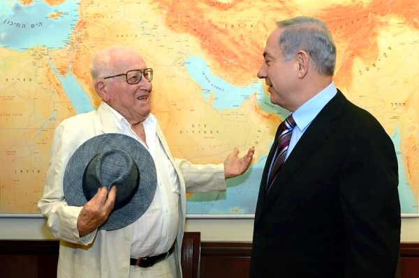 """Prime Minister Benjamin Netanyahu meets with film producer Branko Lustig, a Holocaust survivor who produced and won an Oscar for """"Schindler's List"""". He came to Israel to donate his Oscar to Yad Vashem.  (GPO photo by Kobi Gideon)"""