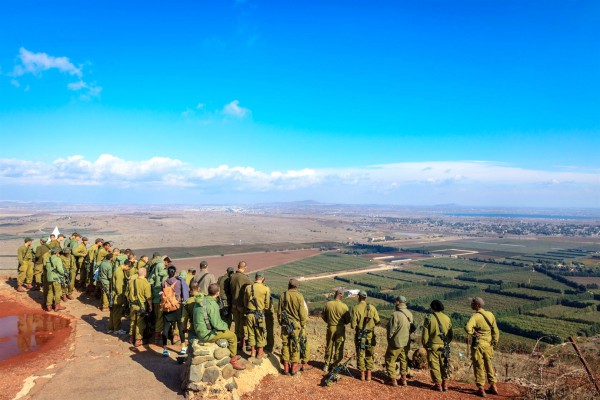 Israeli paratroopers-Mount Bental-Iran proxies