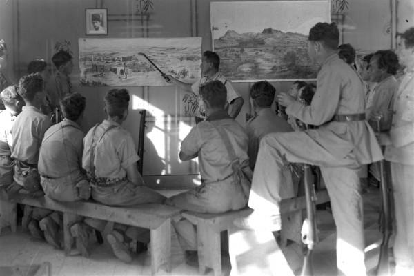 haganah instructors at kibbutz 1938