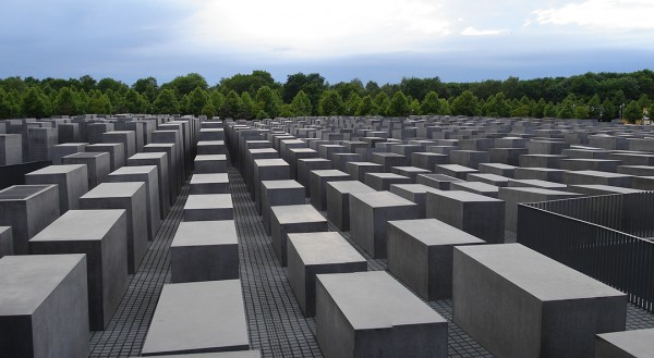 Berlin's memorial to the Jews, Berlin Holocaust Memorial